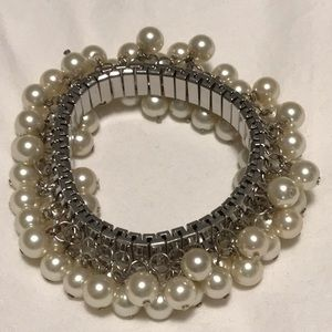 Pearl bracelet (NWOT)